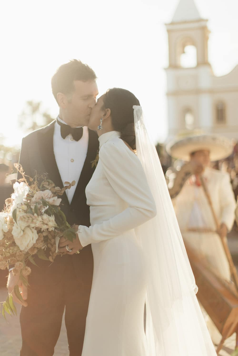 monvieve_brides_25