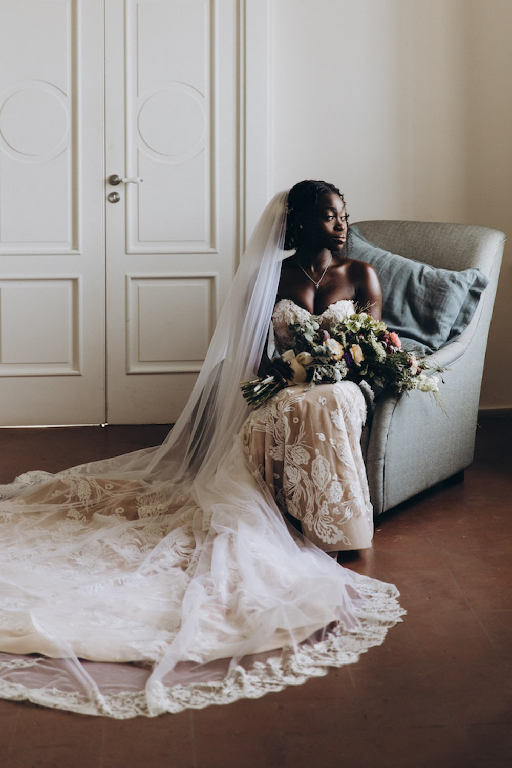 monvieve_brides_95